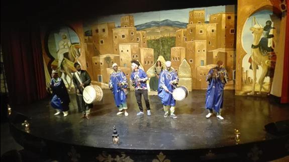 Pokazy kultury Berberów.