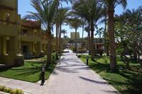 Hotel Palm Beach - uliczka do hotelu