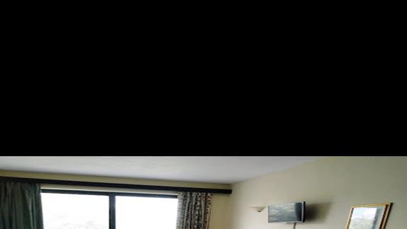 wózkiem mozna sie swobodnie poruszać po pokoju
