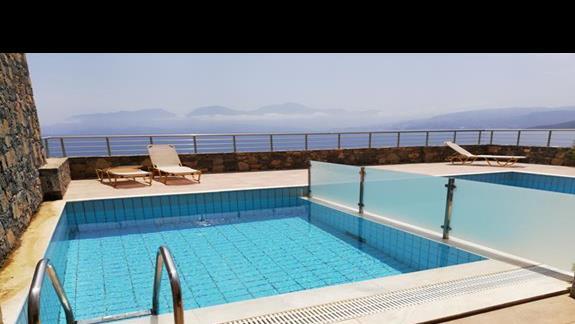 pokoj z basenem - lepszy