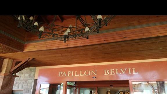 wejście Papillon Belvil Club