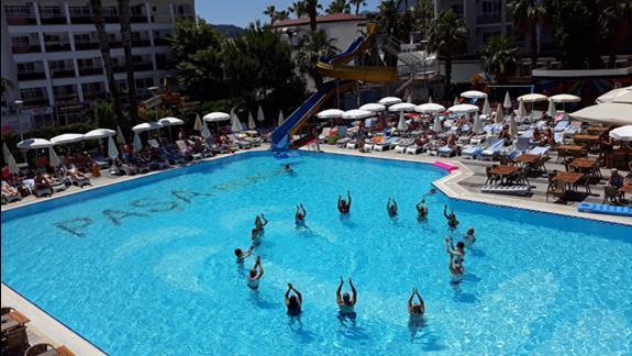 basen w hotelu Pasa Beach