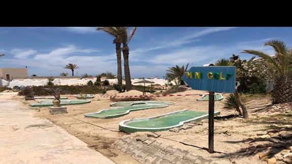 mini golf w drodze na plażę