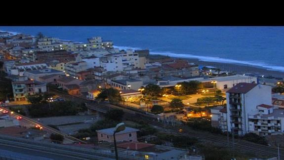 Widok z balkonu na Letojanni
