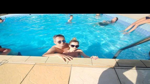 Hotelu basen sprzyjał błogiemu lenistwu :)