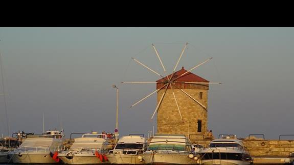 port w Rodos