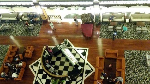 glówny hol hotelowy - robi wrazenie