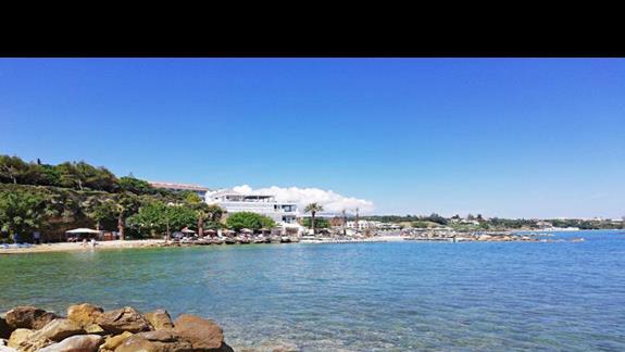 fotka z plazy hotelowej
