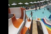 Hotel Sunrise Blue Magic Resort - Na basenie