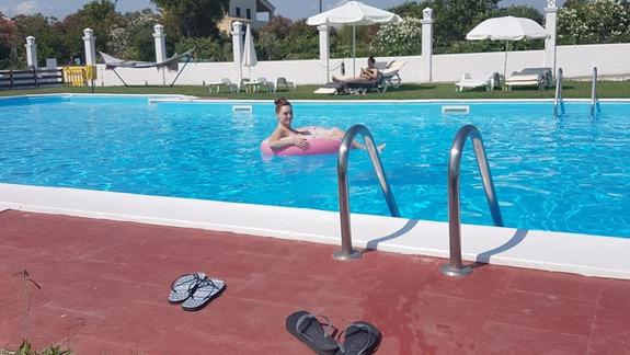 W basenie w hotelu Semeli :)