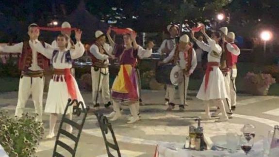 wieczór albański