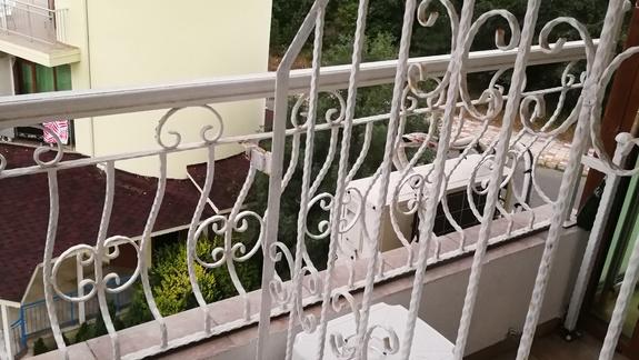 wspólny balkon