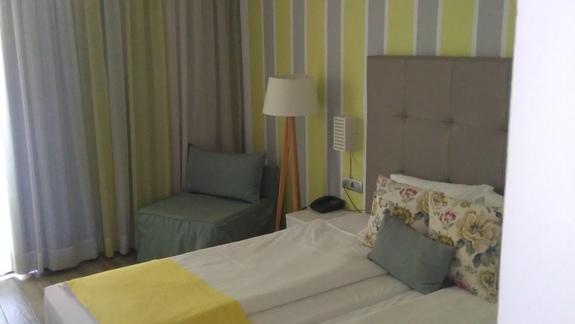 Pokój dwuosobowy w odnowionej części hotelu