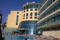 Hotel Ivana Palace - widok z hotelowego basenu