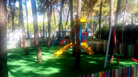 Plac zabaw w hotelu Diamma Resort