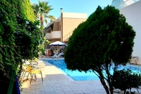 Hotel Akatos Aparthotel -
