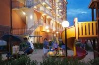 Hotel Sol Luna Bay - Plac zabaw noca🙂