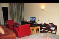 Hotel Xperience Kiroseiz Parkland - salon w naszym apartamencie