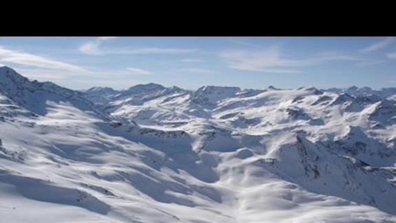 Tak wyglądają szczyty w bliskiej okolicy Alpin
