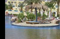 Hotel Bay View Resort Taba Heights - Wysepka na srodku basenu