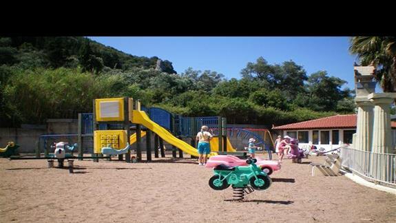 plac zabaw dla dziecii