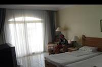 Hotel Royal Lagoons Aqua - pokój z wyjściem na taras