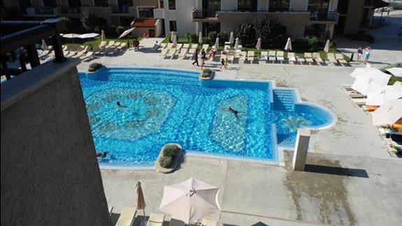 basen, dla lubiących ciszę, głęboki