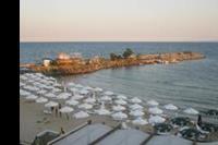 Hotel Pinkovi - Plaża - widok z tarasu.