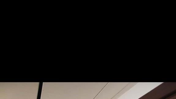 Drzwi do pokoju i sufit