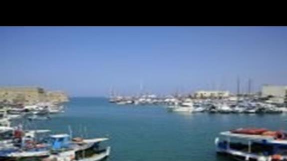 Port w Heraklionie - stolicy Krety