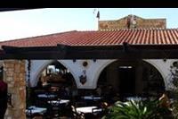 Hotel Coralli Beach - Wejście do części restauracyjnej.