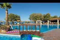 Hotel Geraniotis Beach - Hotel Geraniotis - widoka na baseny