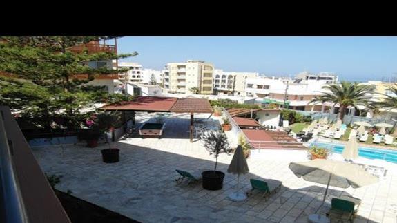Hotel Minos - widok z balkonu