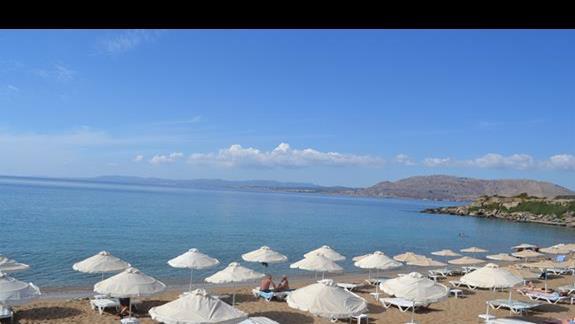 plaża publiczna niedaleko hotelu