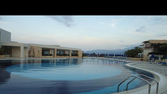 Glówny basen