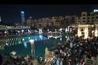 Dubaj - pokaz fontann