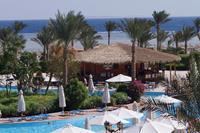 Hotel Amwaj Oyoun Resort & Spa - bar i grill przy basenie