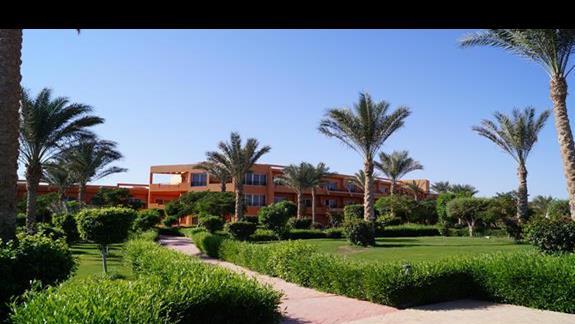 wspanialy ogród hotelowy