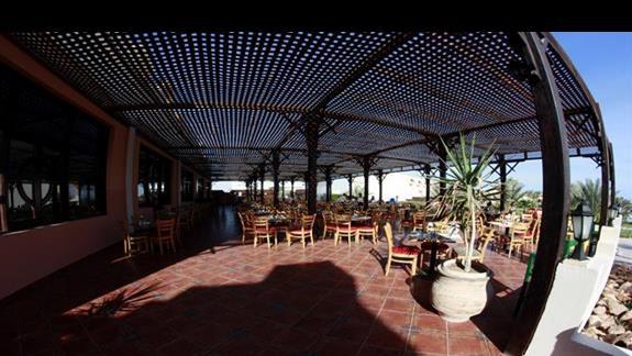 Restauracja główna w hotelu Three Corners Triton Sea Beach