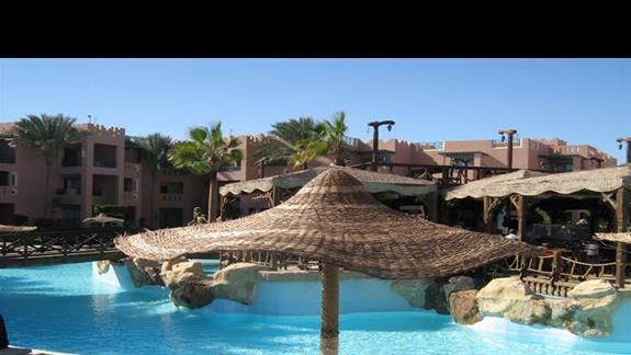 Basen w Hotelu Rehana Sharm