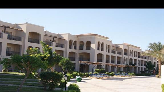 Budynki hotelu Jaz Mirabel Park