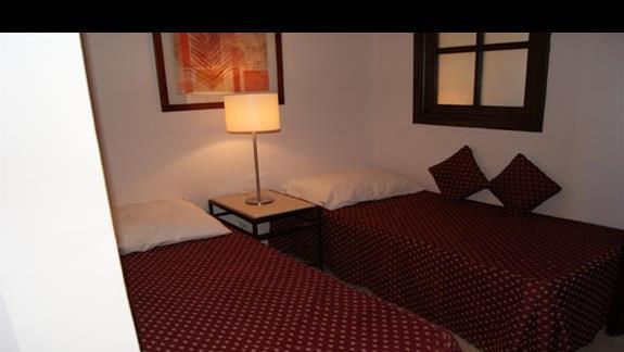 Cześć pokoju rodzinnego w hotelu Jaz Mirabel Park