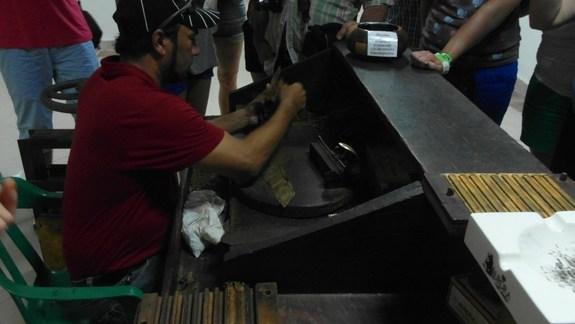 Cygara kręcone w lokalnym markecie