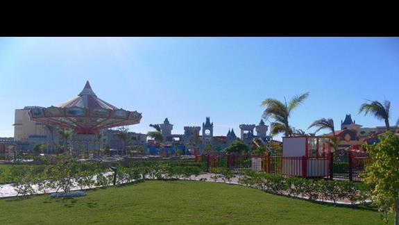 Lunapark w hotelu Serenity Fun City