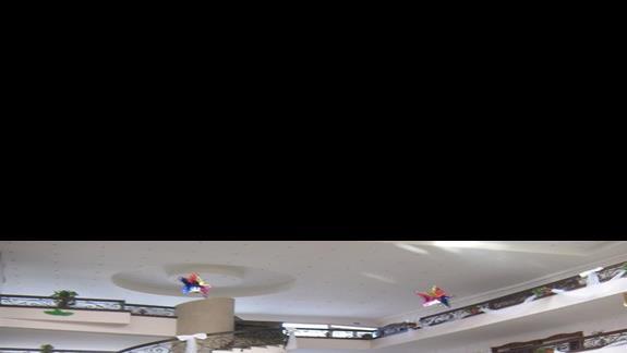 titanicowe lobby