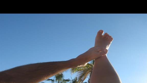 nogi na wakacjach