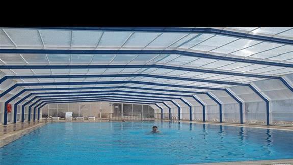 Kryty basen w Hotelu Poseidonia.