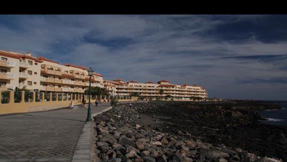 promenada w Caleta de Fuste