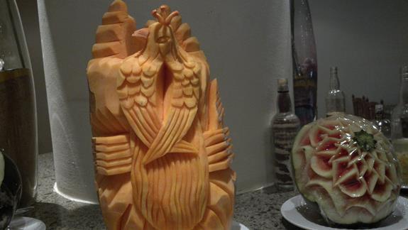 lokalne dzieła sztuki w jadalni PALMIRA