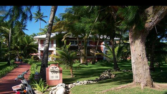 willa w ogrodzie palmowym